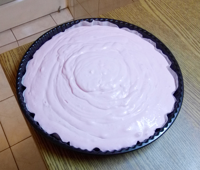 GF, SF, eggless cheesecake with cream cheese, coconut milk, and raspberry filling