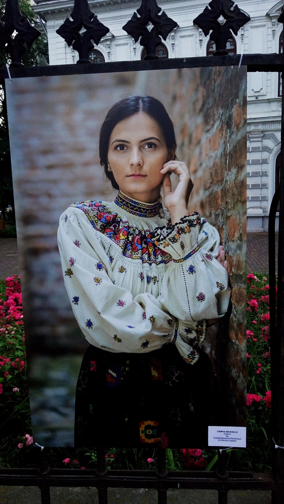 Woman dressed in a traditional costume from Boian Plan (Câmpia Boianului), Romania